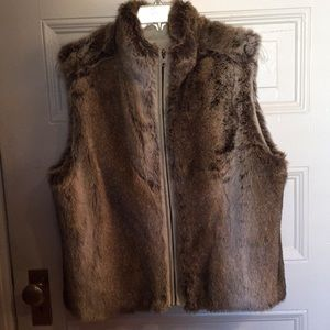 SKEA reversible faux fur vest